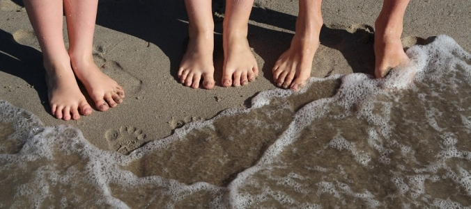 Family Beach Holiday Wave Sand Together Feet Sea