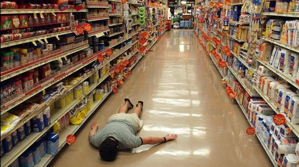 800px-Planking_in_supermarket